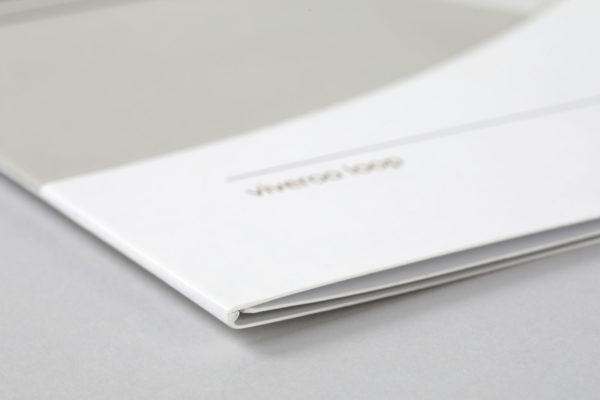 viveroo GmbH • Broschüren Design